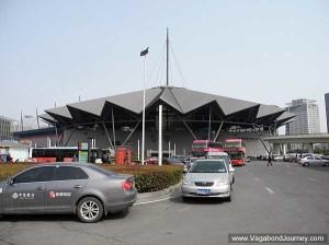 Le centre des expositions est un autre exemple de monumentalité.